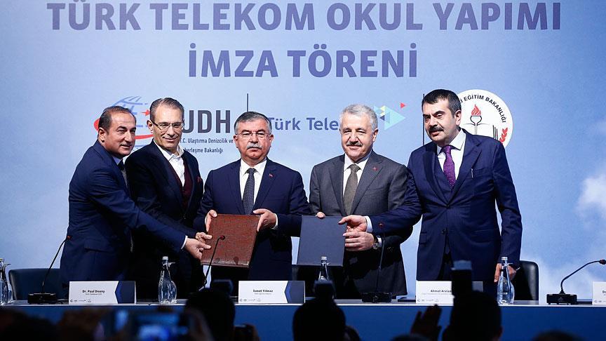 MEB-Türk Telekom Okul Yapım Protokolünü imzaladı