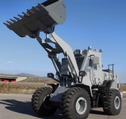 Uzaktan Kumandalı Zırhlı Belden Kırmalı Yükleyici İş Makinesi